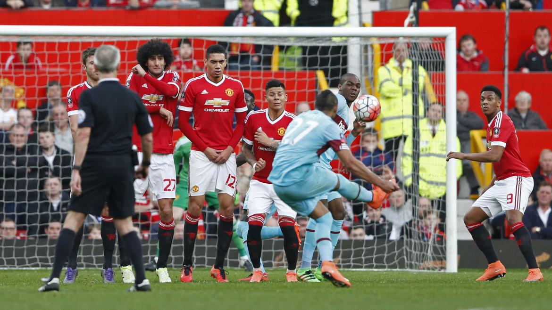 Manchester United v West Ham United - FA Cup Quarter Final